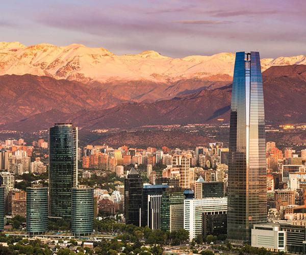 Traslado desde o hacia <h3>Santiago</h3> <h4>R. Metropolitana</h4>  - Aeropuerto SCL